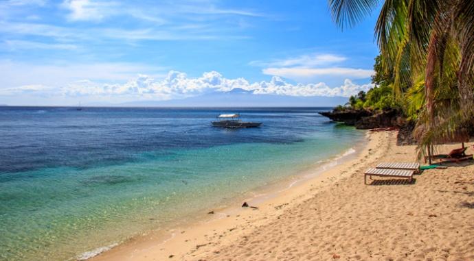 Coco Grove Beach Resort - posh and fancy.