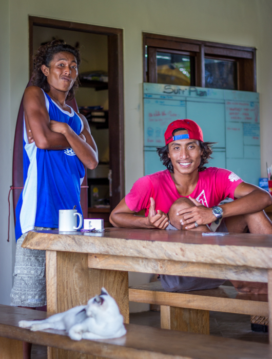 Meet Herry and Ranu, the  Surfguides.