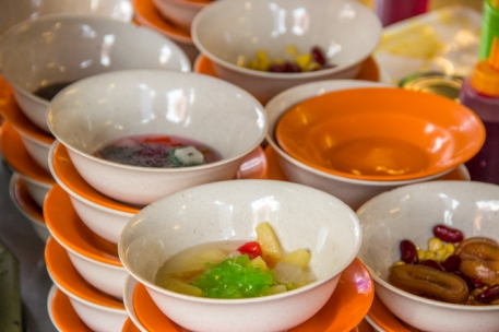 Malaysian Desert Cendol ready to be prepared with lots of ice. Good stuff