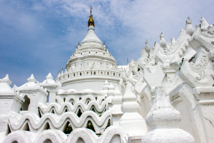 The great white ... Hsinbyume Pagoda