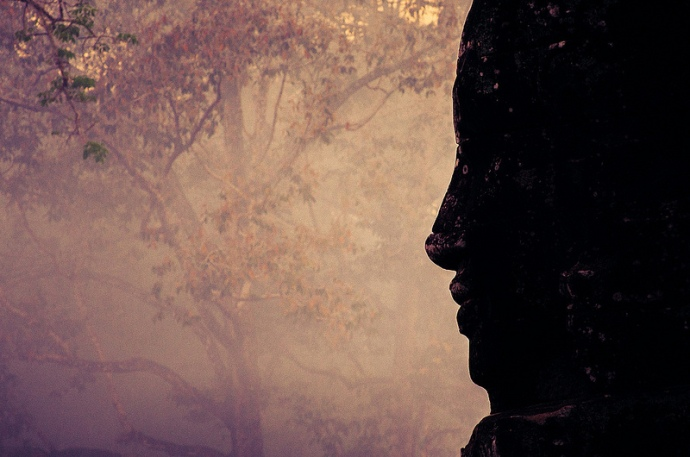 Watching over Bayon | Credit: Flickr Jonasginter