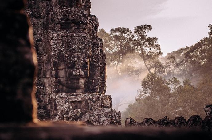 Angkor, Bayon Temple