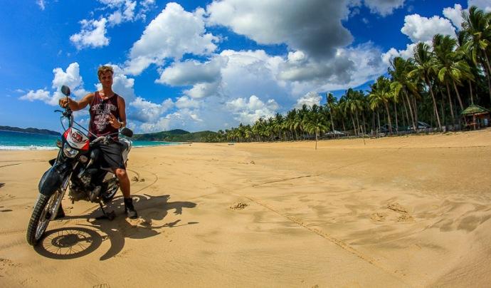 Motorbike-El Nido-Nacpan Beach