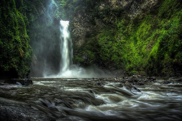 Scott Rotzoll_Tappiya Falls