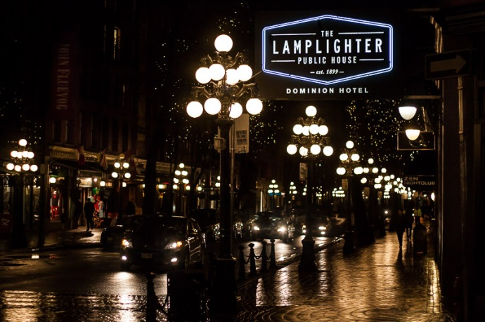 5 things to do in vancouver escapologyescapology for Lamplighter gastown