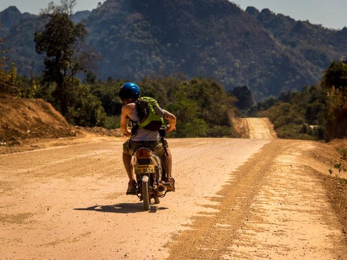Motorbike Thakhek Loop